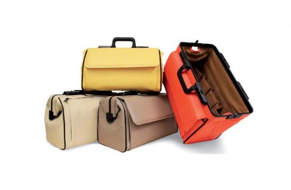 Formschöne Arzttasche im klassisch-edlen Design das raffinierte Scharnier- und Randverstärkungssystem garantiert Platz und Übersicht in neuen Farben!